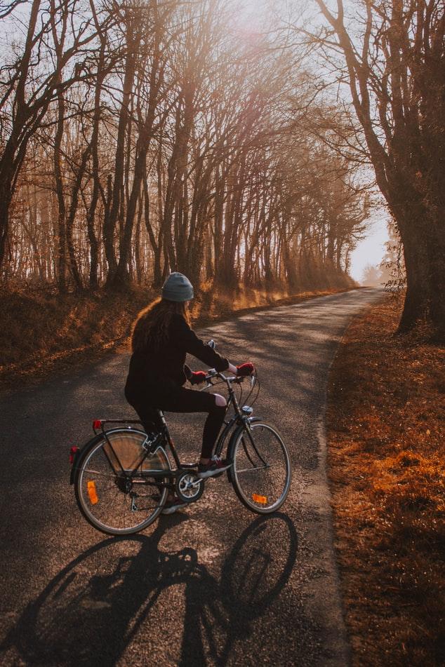 meisje-op-fiets
